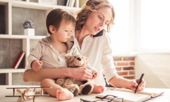 11 Quick and Easy Beauty Tips for Busy Moms