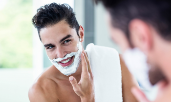 How to Help Your Guy Prevent Shaving Razor Bumps This Summer